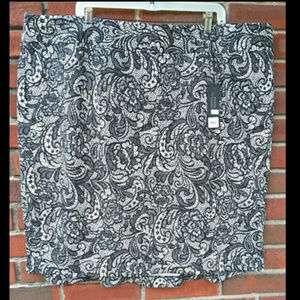 Lane Bryant 26 Black White Lace Print Ponte Skirt